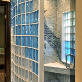 Glass Block Shower with Aquamarine and Neutro
